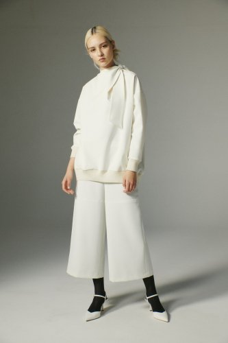 <img class='new_mark_img1' src='https://img.shop-pro.jp/img/new/icons1.gif' style='border:none;display:inline;margin:0px;padding:0px;width:auto;' />DOUBLE CLOTH SEMI-WIDE PANTS