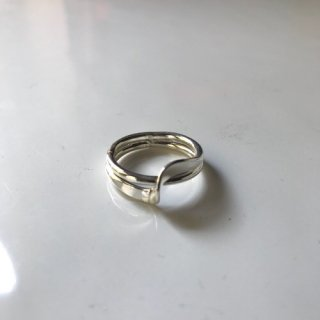 "New Silver Ring "" Curve"""