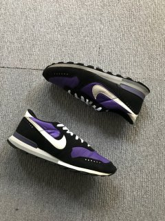 05's NIKE AIR VECTOR  Training shoes 27.5