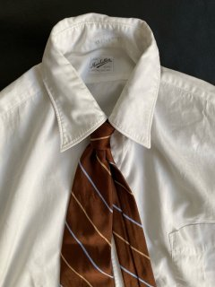 Brooks Brothers HAND MADE Silk Tie MADE IN U.S.A.