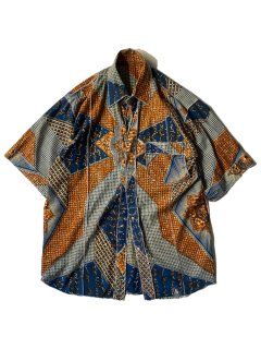 Inside out Batik Pattern S/S Shirt
