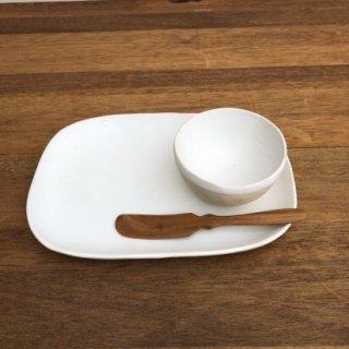 067 玉石角皿(M)
