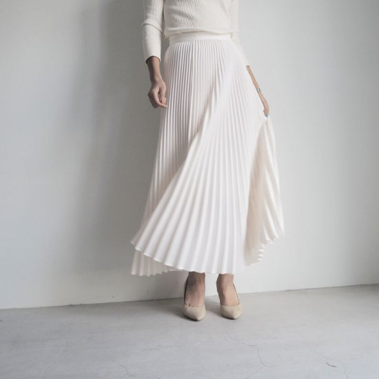 cen プリーツスカート0FF WHITE