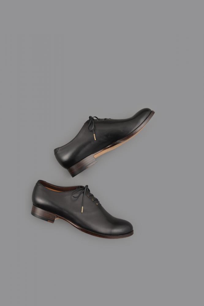 forme ♀ Whole Cut Shoes 4Hole