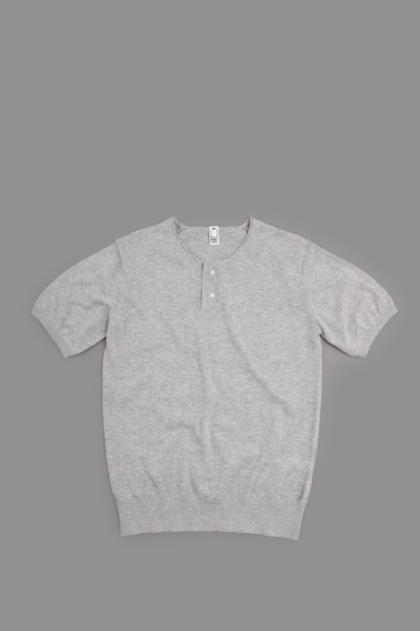 KATO Henley Neck Knit T (Gray)