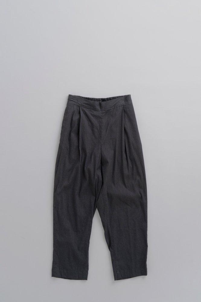 GRANDMA MAMA DAUGHTER ♀ 1-Tuck Back Gather Pants (Black)