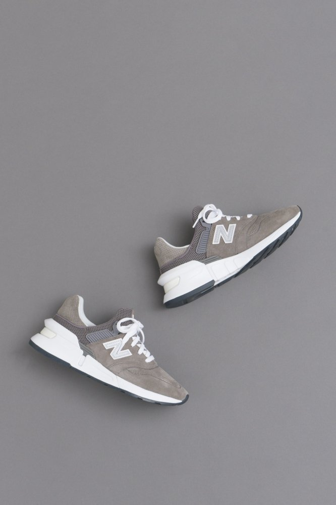 COMME des GARCONS HOMME CdG H × NB MS997 (Gray)