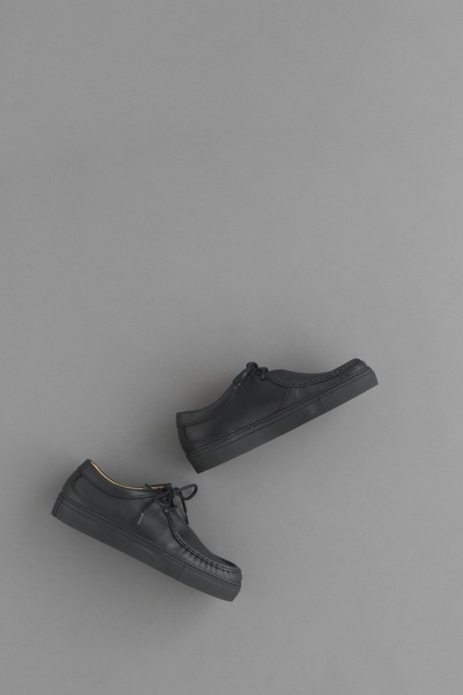 PICCANTE Tirolean Shoes (Black)