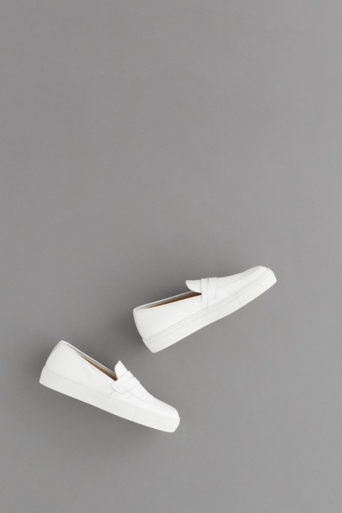 PICCANTE Loafer (White)
