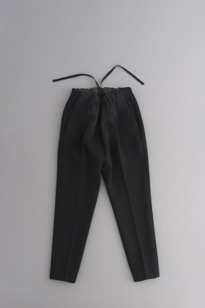 ゴーシュ ♀ボンディングブラック センタープレスパンツ