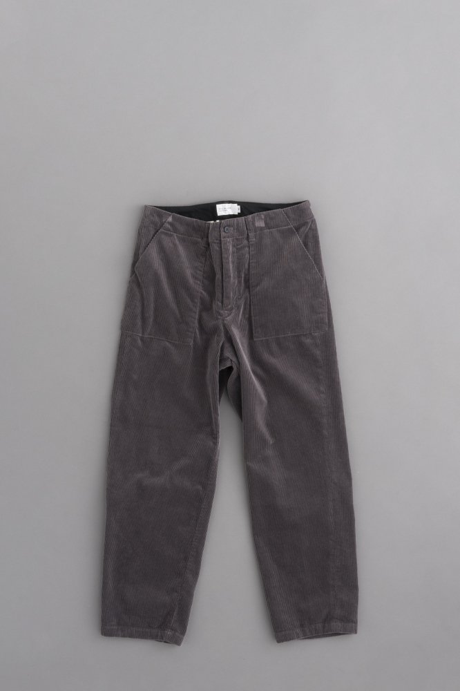 STILL BY HAND Corduroy Pants (Smoke Grey)