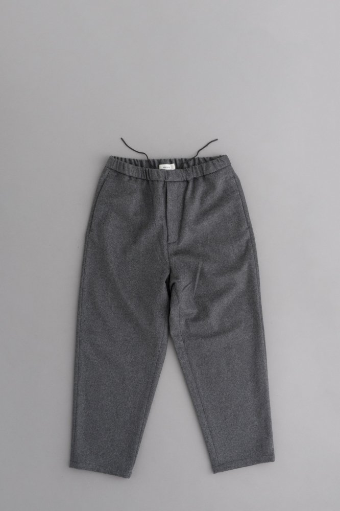 alvana WOOL EASY TAPPERD PANTS (GRAY)
