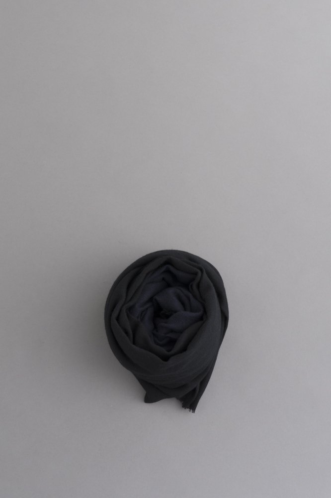 STILL BY HAND 2-Tone Color Big Stole (Black × Navy)