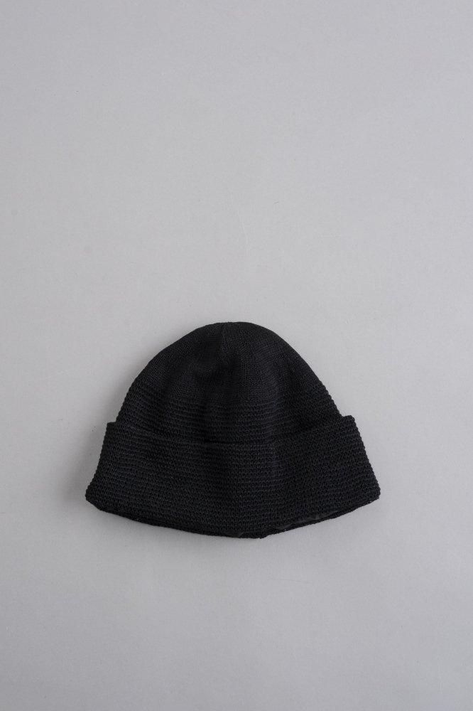 KIJIMA TAKAYUKI Neck Protection Knit Cap (Black)