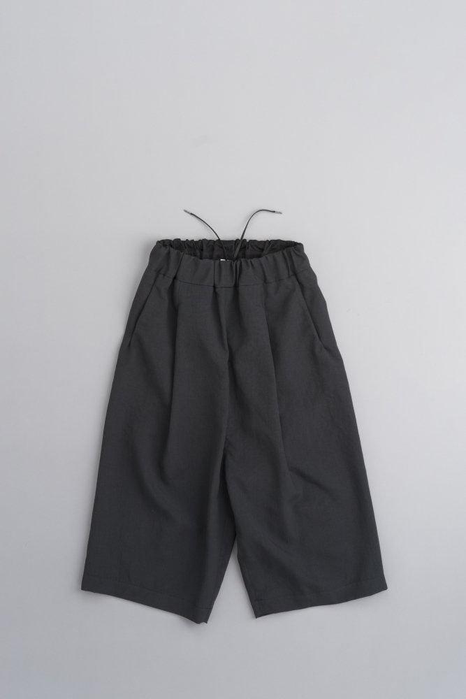 NO CONTROL AIR マカロニポリエステルタッサー 8分丈ワイドパンツ (ブラック)