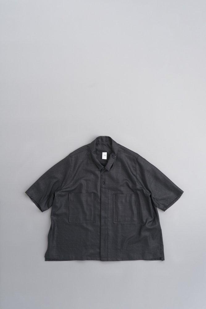 NO CONTROL AIR リネンライク チンツブッチャー 6分袖ビッグシャツ(ブラック)