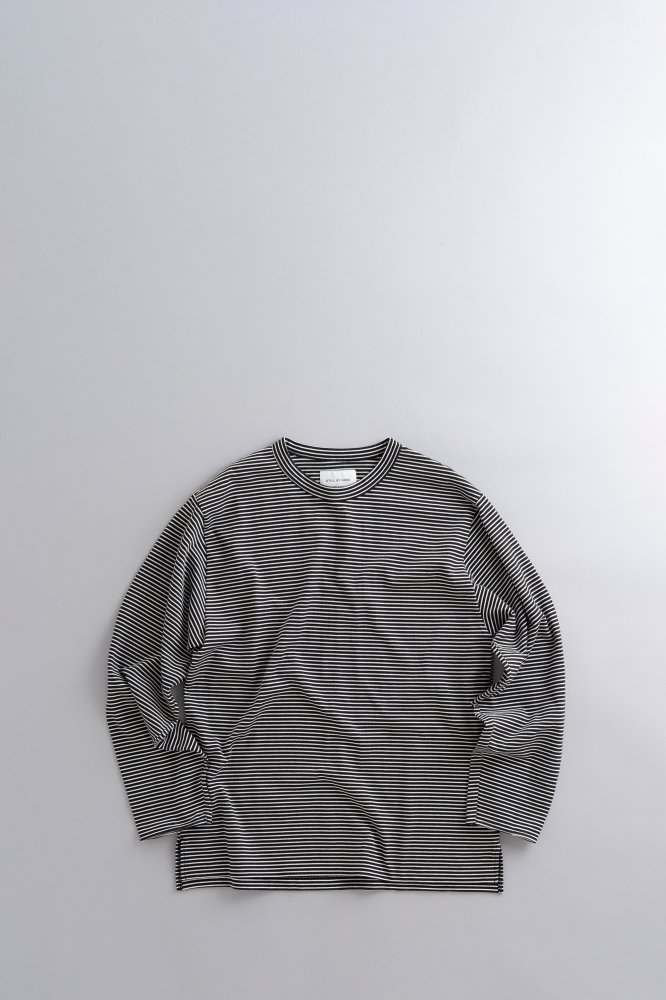 STILL BY HAND Crew Neck Border Long Sleeve Tee