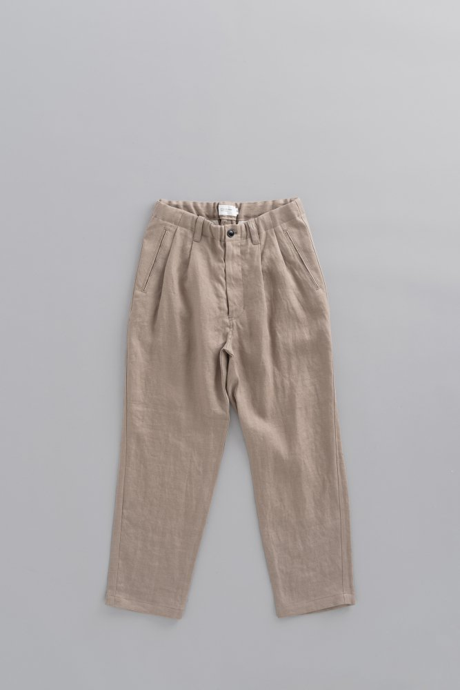 STILL BY HAND Linen 2-Tuck Pants (Beige)