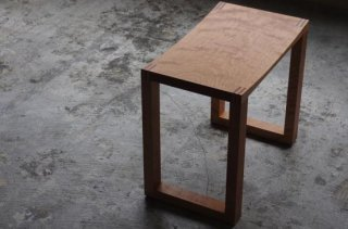 Solid Stool - NO WAVE<br />cherry