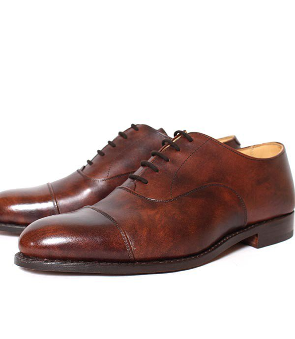 8042 Tricker's/トリッカーズ  ストレートチップ キャップトゥ ミュージアムカーフ ダークブラウン<img class='new_mark_img2' src='https://img.shop-pro.jp/img/new/icons25.gif' style='border:none;display:inline;margin:0px;padding:0px;width:auto;' />
